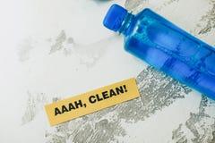 Concept de maison ou de bureau de nettoyage Image stock