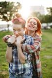 Concept de meilleurs amis, jeune femelle deux Images stock