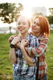 Concept de meilleurs amis, jeune femelle deux Photos stock