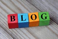 Concept de mot de blog sur les cubes en bois photographie stock libre de droits