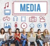 Concept de multimédia de divertissement de communication d'action sur les masses de media photos stock