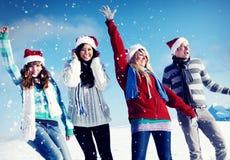 Concept de Noël de vacances d'hiver de plaisir d'amis Photographie stock libre de droits