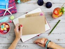 Concept de note de journal intime de courrier de correspondance photographie stock libre de droits