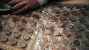 Concept de numismatique Collection de pièces de monnaie de différents countrys dans l'album clips vidéos