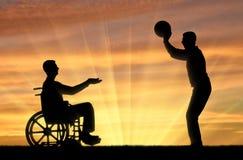 Concept de passe-temps d'amusement pour des personnes handicapées avec des amis Photographie stock libre de droits