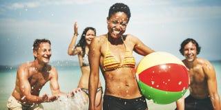 Concept de personnes de partie de plage d'unité de groupe d'ami photo libre de droits