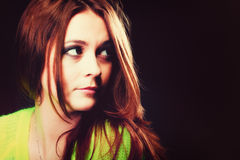 Concept de personnes - portrait d'adolescente photographie stock libre de droits