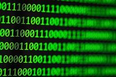 Concept de pirate informatique Codes binaires d'ordinateur Photographie stock libre de droits