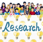 Concept de résultats de l'information de découverte de réponse de recherches Photos stock