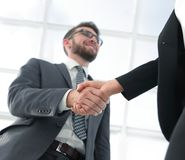 Concept de réunion d'association d'affaires Handsha de businessmans d'image Image libre de droits