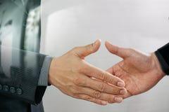Concept de réunion d'association d'affaires handshak de businessmans de photo Photographie stock