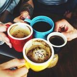 Concept de réunion de tasse d'amitié de boisson de mode de vie de café Photos libres de droits