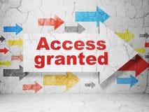 Concept de sécurité : la flèche avec Access a accordé sur le fond grunge de mur Images libres de droits