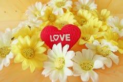 Concept de Saint-Valentin avec des lettres Photo stock