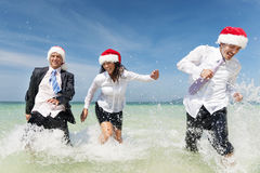 Concept de Santa Hat Business Travel Vacations de Noël Photo stock
