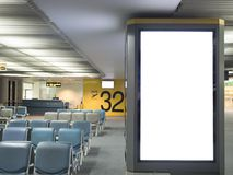 Concept de signe de conseil de publicité d'aéroport : La grande publicité vide Photographie stock libre de droits