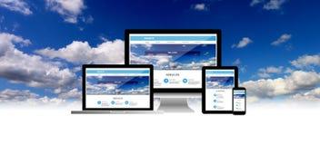 Concept de site Web au téléphone de comprimé d'ordinateur portable d'ordinateur photos stock