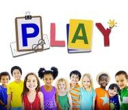 Concept de sourire d'innocence d'amitié d'enfants de diversité Photo libre de droits