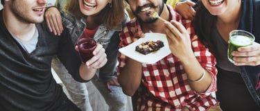 Concept de sourire de bonbons à bonheur de consommation d'amitié Image libre de droits