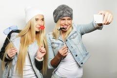 Concept de style de vie, de bonheur, émotif et de personnes : hippie deux Photographie stock libre de droits