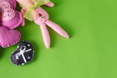 Concept de symbole d'amour Coeur fait main mou Photo libre de droits