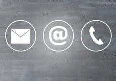 Concept de téléphone de message électronique d'icônes de contact photographie stock libre de droits