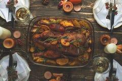 Concept de Tableau de dîner de famille de Noël, Plat-configuration photographie stock