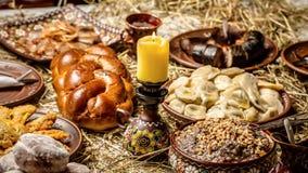 Concept de Tableau de d?ner de famille de No?l Gruau de No?l Kutya Table traditionnelle de No?l Kutya ukrainien de No?l image stock