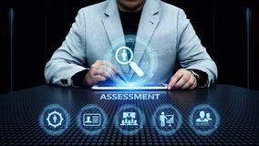 Concept de technologie d'Analytics d'affaires de mesure d'évaluation d'analyse d'évaluation photos libres de droits
