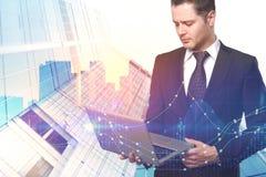 Concept de technologie, d'avenir, d'investissement et de gestion photos stock