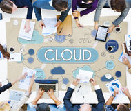 Concept de technologie de stockage de données de réseau informatique de nuage photo libre de droits