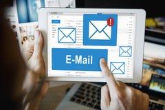 Concept de technologie des communications de correspondance d'email image stock