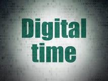Concept de temps : Temps de Digital sur le fond de papier de données numériques Photos stock