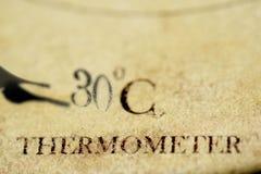 Concept de thermomètre et de degrés Celsius Photographie stock
