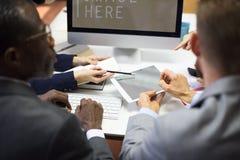 Concept de travail d'équipe de conférence de collègues d'affaires photographie stock libre de droits