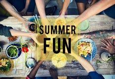 Concept de vacances de vacances d'amitié de plage d'amusement d'été Image stock