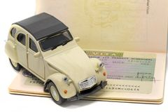 Concept de visa de Citroen 2CV Schengen Photographie stock libre de droits