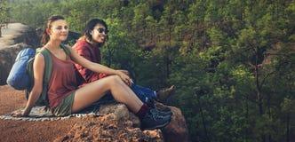 Concept de voyage de voyageur de camping de randonneur d'aventure photo stock