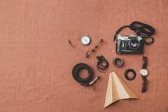 Concept de voyage - ensemble de substance fraîche d'homme de photographie Photographie stock
