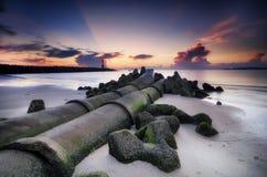 Concept de voyage et de vacances, beau paysage de vue de mer au-dessus de fond renversant de lever de soleil Image stock