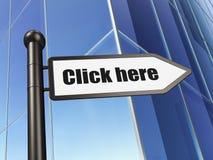 Concept de web design : cliquez ici de signe sur le fond de bâtiment Images libres de droits