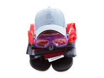 Concept des lunettes d'habillement et de plongeur, se préparant au repos, d'isolement sur le blanc Image stock