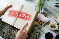 Concept des textes de mode de style de beauté Photographie stock