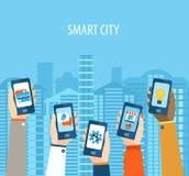 Concept die handen slim-telefoons houden Stock Afbeeldingen