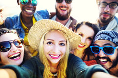Concept divers de Selfie d'amusement d'amis d'été de plage de personnes Images libres de droits