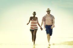 Concept doux d'amour de couples de vacances d'été de plage Images libres de droits