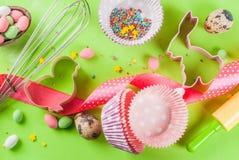 Concept doux de cuisson pour Pâques Photos libres de droits