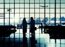 Concept du Moyen-Orient de poignée de main d'appartenance ethnique d'aéroport international Image stock