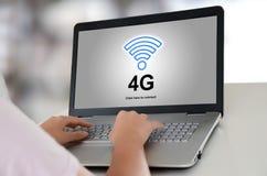 concept du réseau 4g sur un ordinateur portable Photos stock