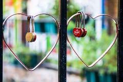Concept en forme de coeur rouge de serrure de l'amour Photographie stock libre de droits